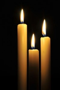 101393-283x424-Candlelight_service